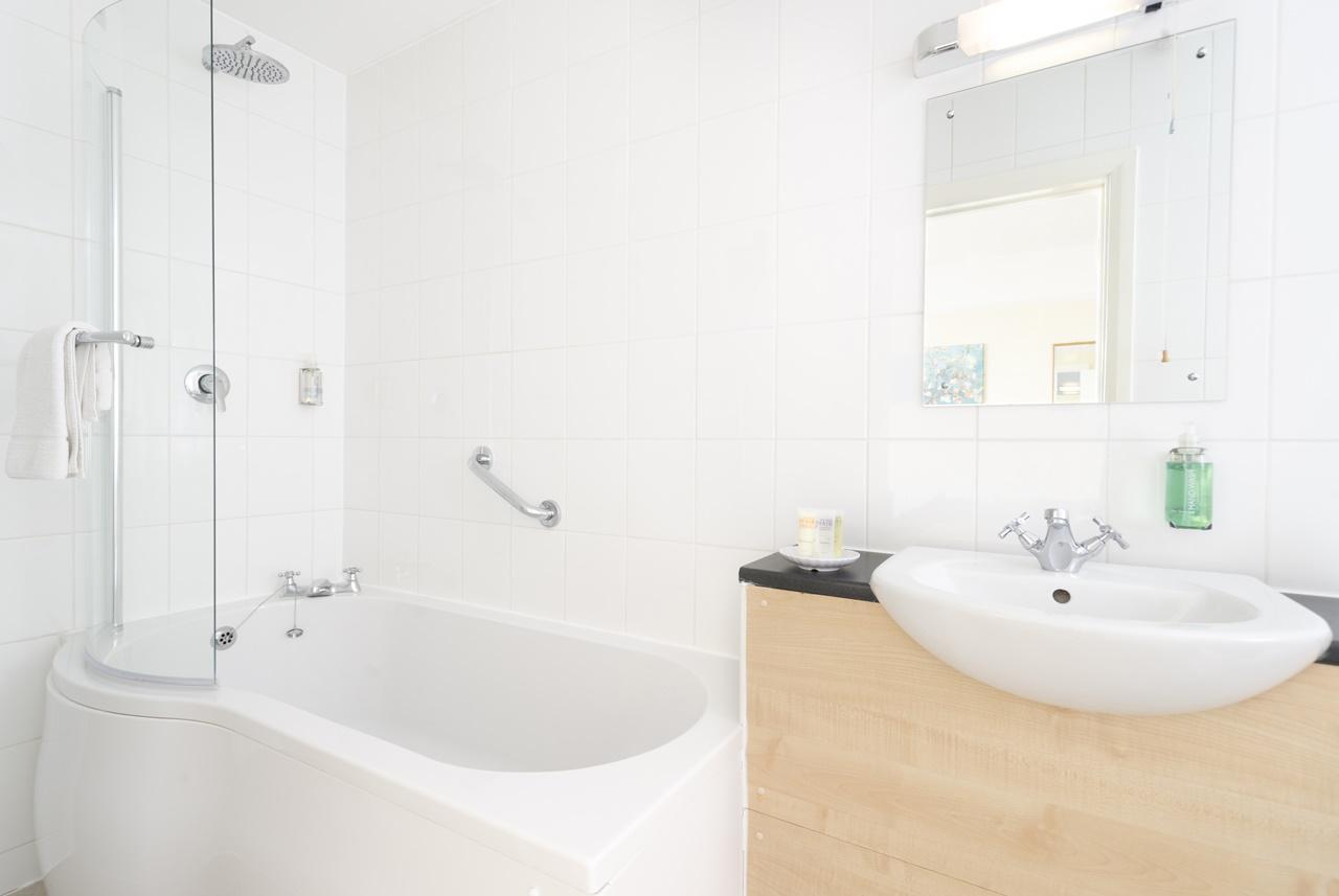 The Lanes Hotel Brighton Bathroom